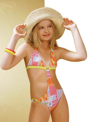 страховая юные моделм в купальниках в вк футболок, толстовок